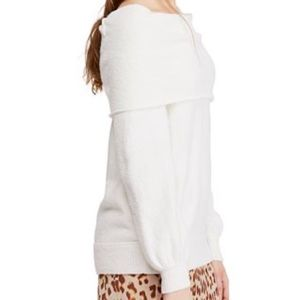 ***NWT FREE PEOPLE SWEATER IVORY SMALL***